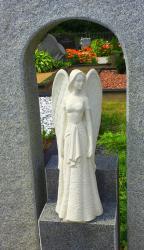Skulptūrėlė -  28cm aukščio, lipdymas -liejimas