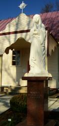 Švenčiausios mergelės Marijos skulptūra iš marmuro