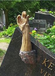 Granitas ,  skulptūra , --- paminklas ,
