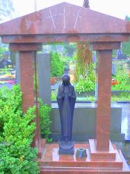 ,,Marija .,. skulptura is bronzos -